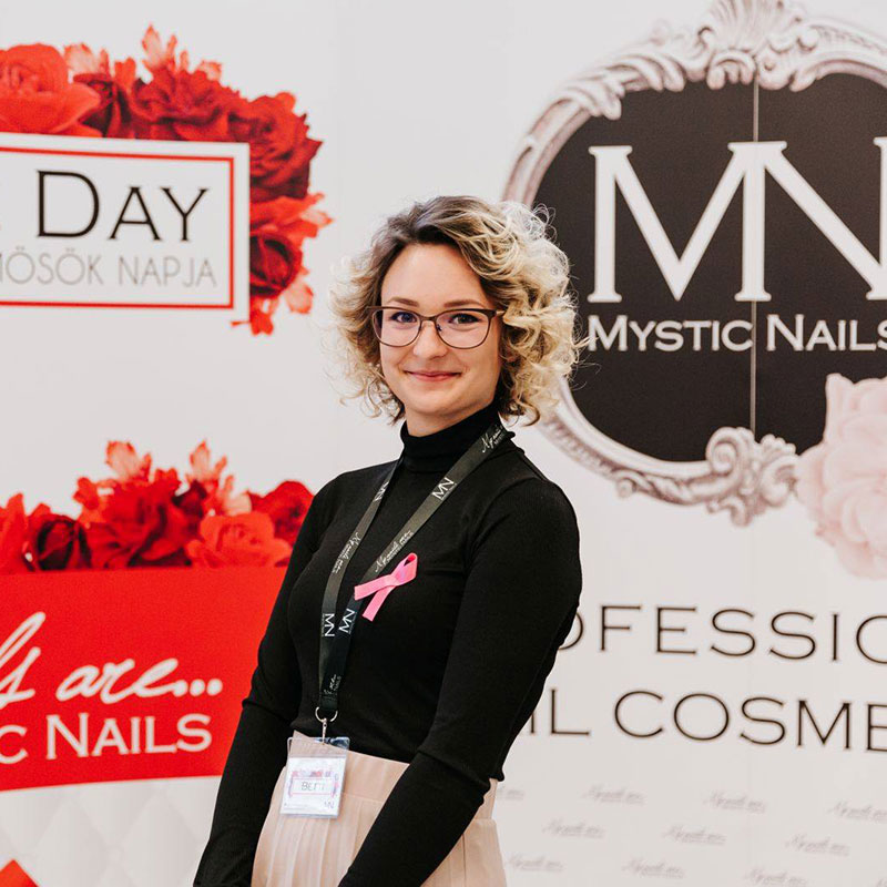 Bakos Betti - Mystic Nails